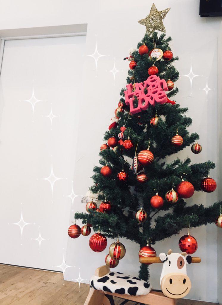 クリスマスツリーの飾り付け♪